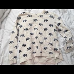 Tops - Elephant sweater